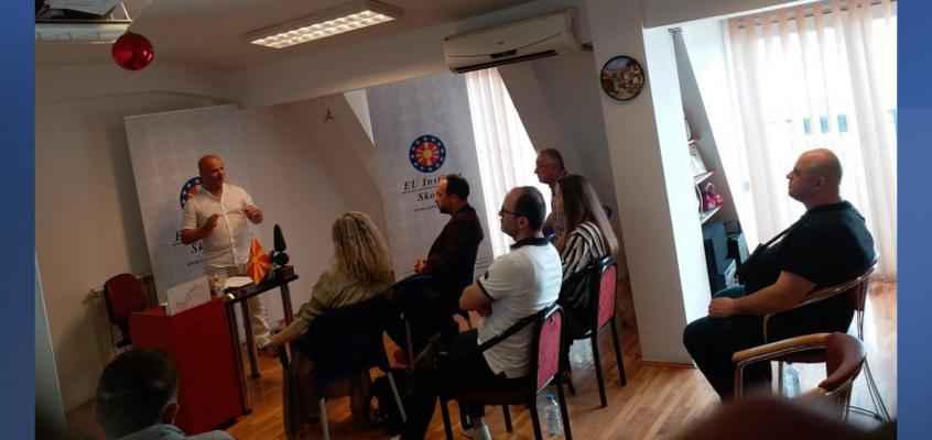 Се одржа првата обука за зајакнување на комуникациски вештини на естрадните уметници