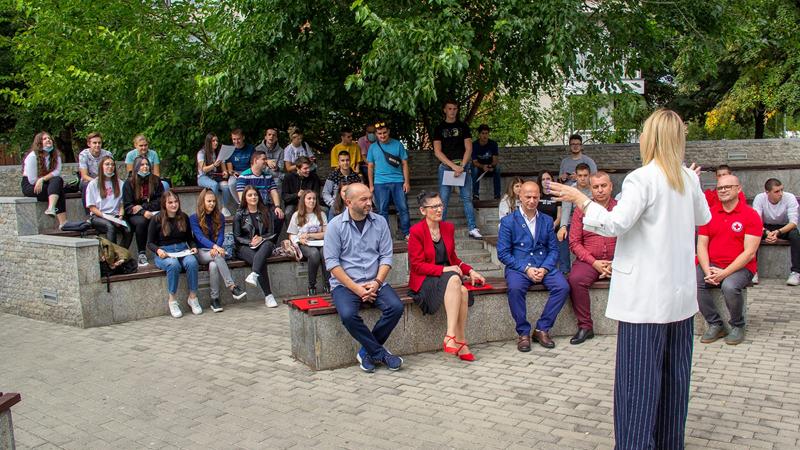 """Доделени сертификати на учениците учесници на обуките за кариерен развој од СУГС """"Марија Кири Склодовска"""""""